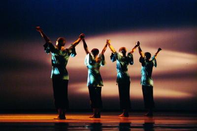 Alvin Ailey American Dance Theater in Robert Battle's Juba Photo Nan Melville