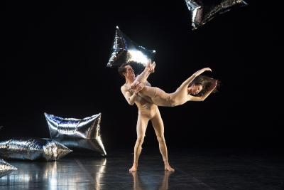 CCN - Ballet de Lorraine in RainForestPhoto Laurent Philippe