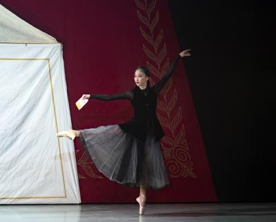 Minju Kang as the Stepmother in CinderellaPhoto Emma Kauldhar