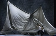Transfixing: Staatsballett Berlin in Plateau Effect by Jefta van Dinther
