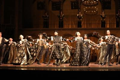 Stuttgart Ballet in The Dance of the Knights in John Cranko's Romeo and JulietPhoto courtesy Art Wave