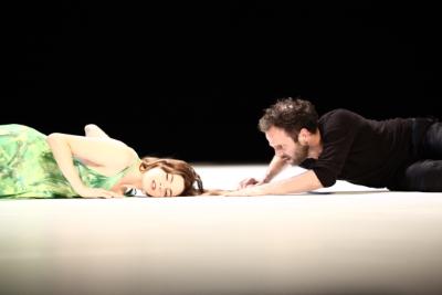 Tanztheater Wuppertal Pina Bausch in ...como el musquito en la piedra, ay, si, si, si...Photo Marcelle Münkel