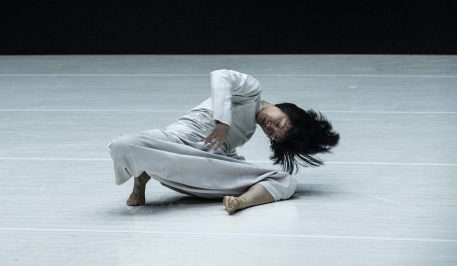12 by Tao Ye for Cloud Gate Dance TheatrePhoto Zhang Shengkun