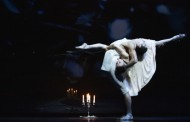 A beautiful story now told in compelling dance: John Neumeier's The Glass Menagerie