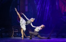 Glitter and escapism in Scottish Ballet's The Snow Queen