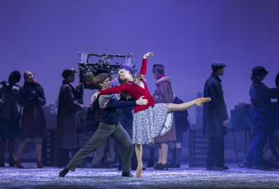 Andrew Peasgood and Bethany Kingsley-Garner in The Snow Queen by Christopher HampsonPhoto Andy Ross