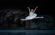 Regal ease: Kana Minegishi makes her mark in Singapore Dance Theatre's Swan Lake