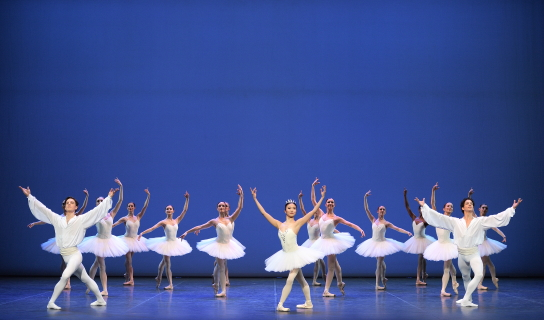Joseph Caley, Shiori Kase, Isaac Hernandez and English National Ballet in Harald Lander's ÉtudesPhoto Laurent Liotardo