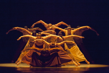 Alvin Ailey American Dance Theater in Alvin Ailey's RevelationsPhoto by Gert Krautbauer