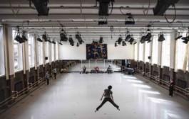 John Neumeier creates Ghost Light, a new ballet respecting social distancing