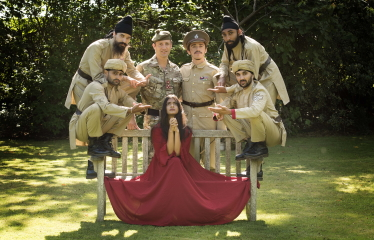 Brigadier Robin Lindsay with the cast of The Troth at Army@TheFringe 2018Photo Army@TheFringe