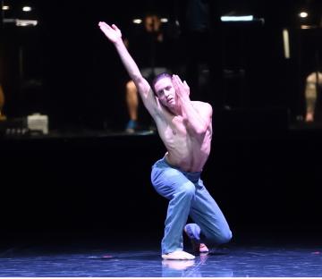 Timoor Afshar in Fabio Adorisio's Empty Hands,part of Stuttgart Ballet's Response IPhoto Stuttgart Ballet