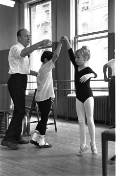 George Balanchine teaching at the School of American Ballet, 1965Photo Martha Swope, courtesy Billy Rose Theatre Division, New York Public Library & Oxford University Press