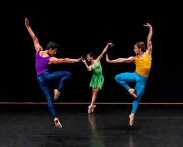 Kathryn Posin Dance Company in Triple SextetPhoto Liz Schneider-Cohen