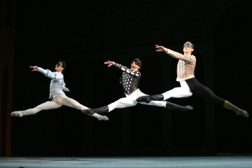 Vladislav Lantratov (Romeo), IgorTsvirko and Dmitry Dorokhov in Alexei Ratmansky's Romeo and JulietPhoto Damir Yusupov