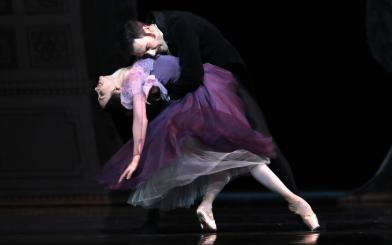 Anna Ol and Jozef Varga in the Act 3 pas de deux from John Cranko's OneginPhoto Hans Gerritsen