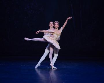 Erina Takahashi as the Sugar Plum Fairy and Joseph Caley as the Princein English National Ballet's Nutcracker DelightsPhoto ASH