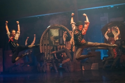 A Christmas selection box: Scottish Ballet in The Secret Theatre