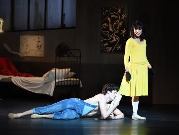 Ciro Ernesto Mansilla and Hyo-Jung Kang in Le Jeune Homme et la MortPhoto Stuttgart Ballet
