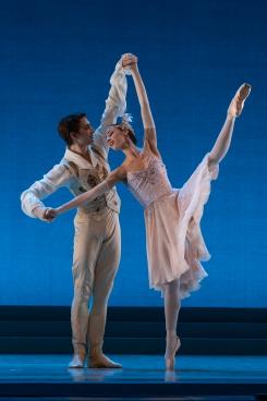 Timofiy Bykovets and Solène Monnereau in CinderellaPhoto David Herrero