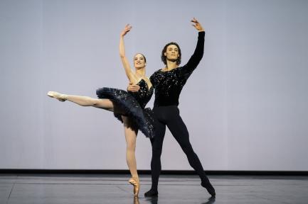 Paris Opera Ballet returns to the Garnier stage in the Opening Gala 2020-21