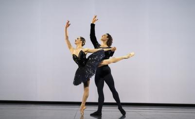 Valentine Colasante and Hugo Marchand in Grand Pas classique by Victor GsovskyPhoto Julien Benhamou, Opéra national de Paris