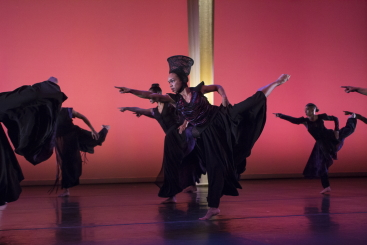 Annique Roberts and company in Mercy by Ronald K. BrownPhoto Julietta Cervantes