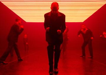 Skånes Dansteater in Remind Me I'm Not DeadPhoto Märta Thisner