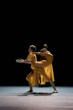 Junior Ballett Zürich in Union in Poetry by Juliano NunesPhoto Admill Kuyler