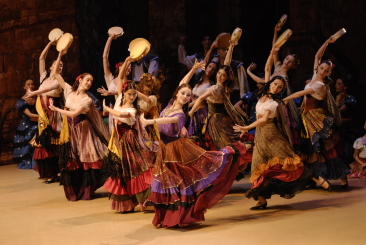 State Ballet of Georgia in Laurencia by Vakhtang ChabukianiPhoto courtesy State Ballet of Georgia