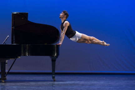 New work from Polish National Ballet dancers in Creations 13
