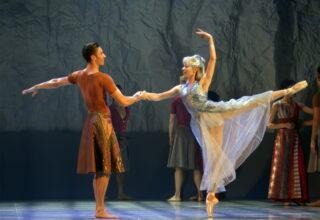 David Nixon to step down at Northern Ballet