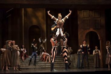 San Francisco Ballet in Helgi Tomasson's Romeo & JulietPhoto Erik Tomasson